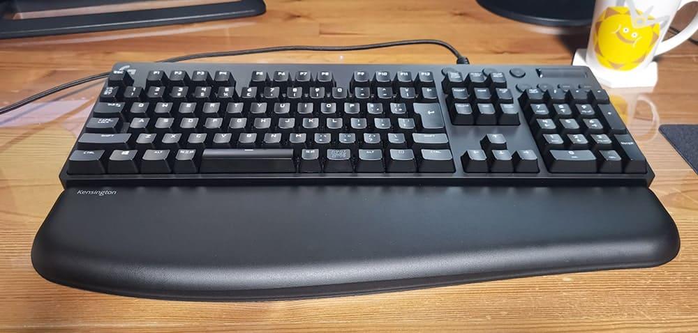フルサイズのキーボードに合わせる