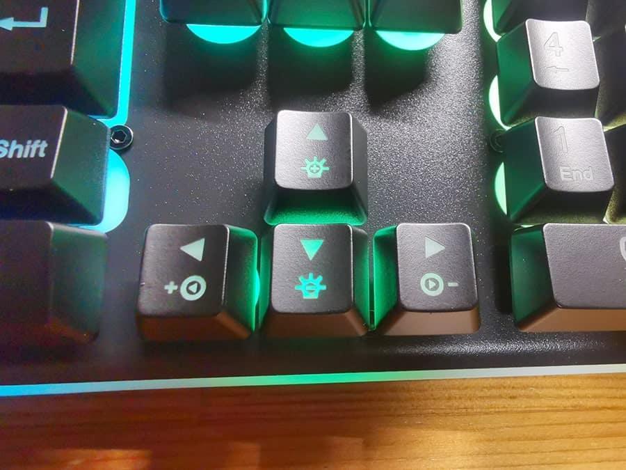 HOKONU キーボードの矢印機能