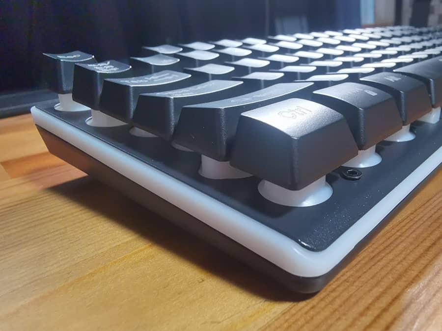 HOKONUI キーボードの側面