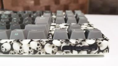 【FILCO Majestouch Lumi S レビュー】光るドクロ柄が最高なメカニカルキーボード!スゴイのはデザイン...
