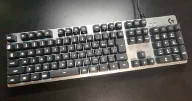 【ロジクール G413 レビュー】高級感が素晴らしい!Romer-Gスイッチ採用のオシャレ特化キーボード。
